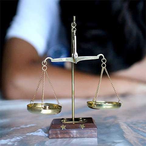 правна несправедливост